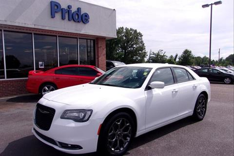 2017 Chrysler 300 for sale in Batesville, MS
