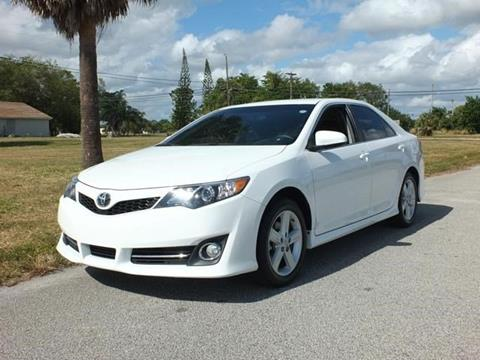 2014 Toyota Camry for sale in Lake Worth, FL