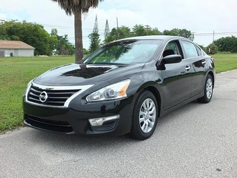 2015 Nissan Altima for sale in Lake Worth, FL