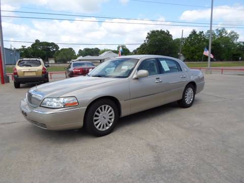 2005 Lincoln Town Car for sale in Nederland, TX