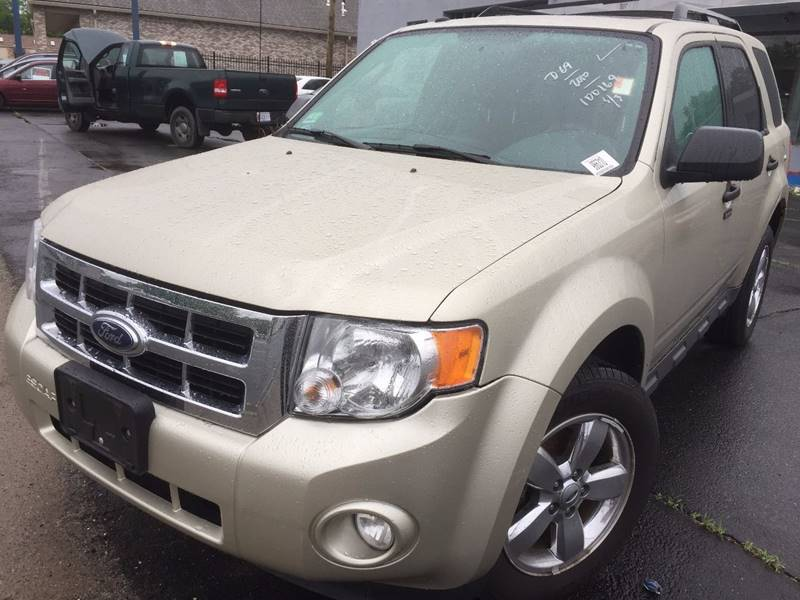 2010 Ford Escape For Sale >> 2010 Ford Escape Xlt In Springfield Ma Best Value Auto Service