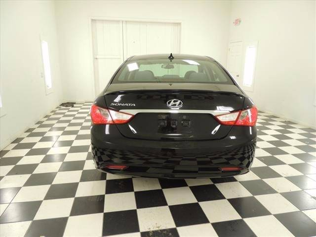2013 Hyundai Sonata for sale at Ladys Auto Sales Inc in Manchester ME