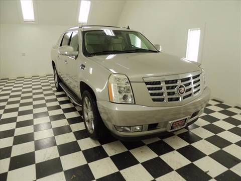2007 Cadillac Escalade EXT for sale at Ladys Auto Sales Inc in Manchester ME