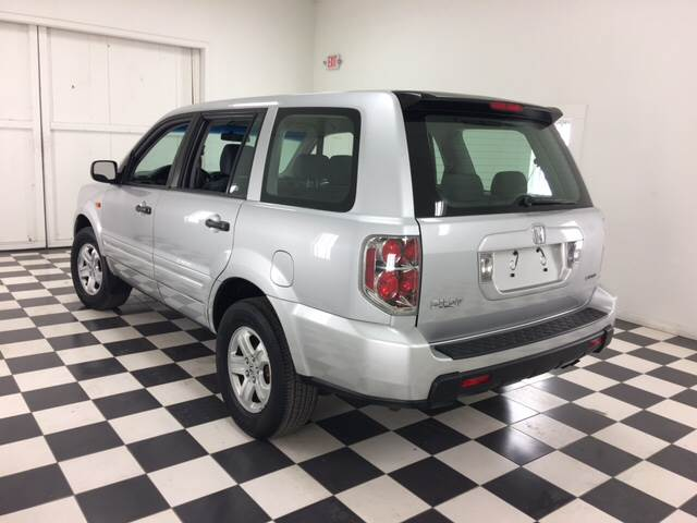 2006 Honda Pilot for sale at Ladys Auto Sales Inc in Manchester ME