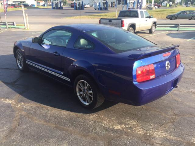 2005 Ford Mustang for sale at KEITH JORDAN'S 10 & UNDER in Lima OH