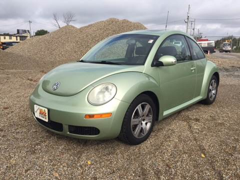 2006 Volkswagen New Beetle for sale in Lima, OH