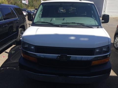 2016 Chevrolet Express Passenger for sale in South Williamson, KY