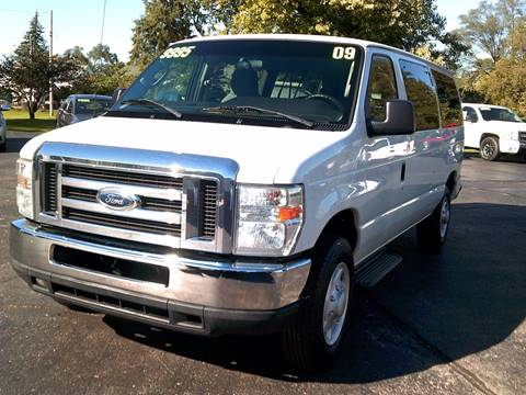 2009 Ford E-Series Wagon for sale in Troy, OH