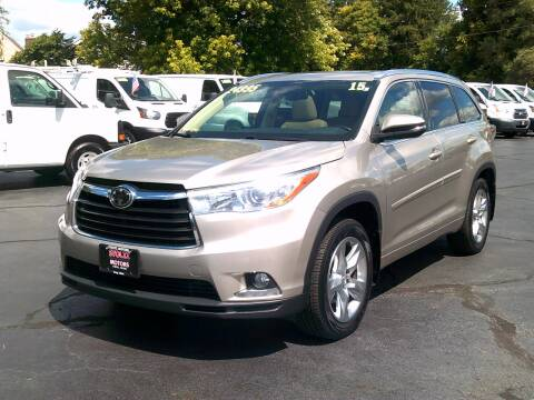 2015 Toyota Highlander for sale at Stoltz Motors in Troy OH