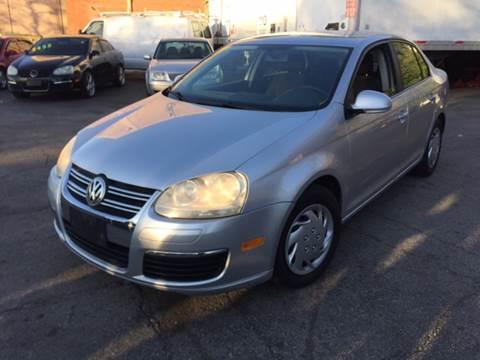 2005 Volkswagen Jetta for sale in Maywood, IL