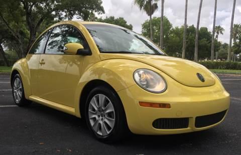 2009 Volkswagen New Beetle for sale in Davie, FL