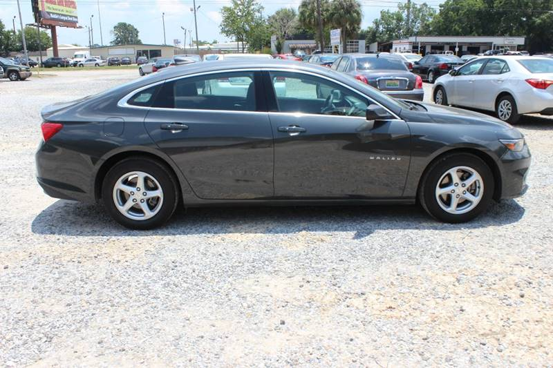 2017 Chevrolet Malibu for sale at QUALITY AUTOMOTIVE in Mobile AL