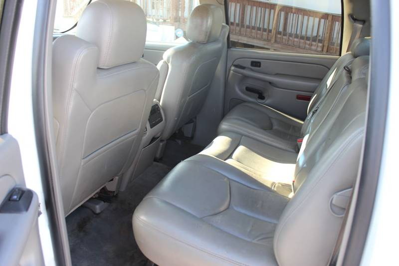 2006 Chevrolet Avalanche for sale at QUALITY AUTOMOTIVE in Mobile AL