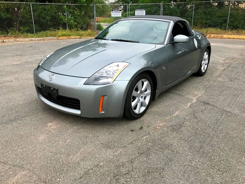 2004 Nissan 350Z For Sale At JMAC IMPORT AND EXPORT   STORAGE FACILITY In  Bloomfield NJ