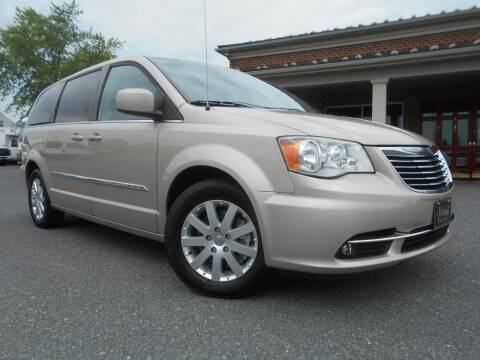2015 Chrysler Town and Country for sale at Nye Motor Company in Manheim PA