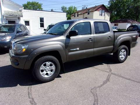2009 Toyota Tacoma for sale at Affordable Motors in Jamestown ND