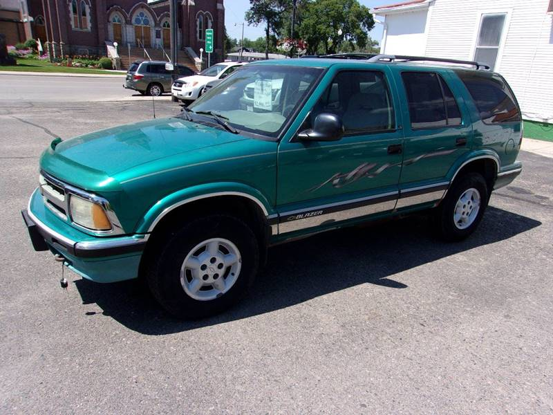 1995 Chevrolet Blazer for sale at Affordable Motors in Jamestown ND