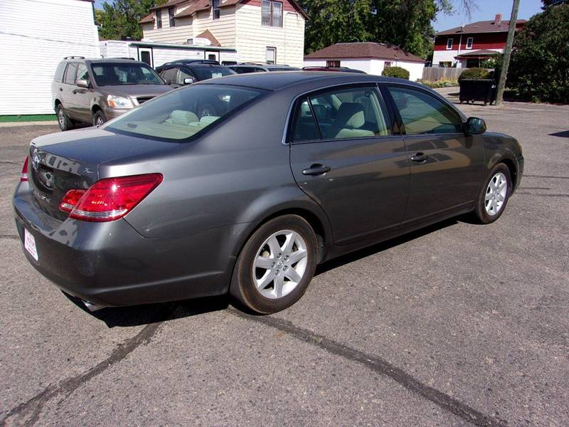 2005 Toyota Avalon for sale at Affordable Motors in Jamestown ND