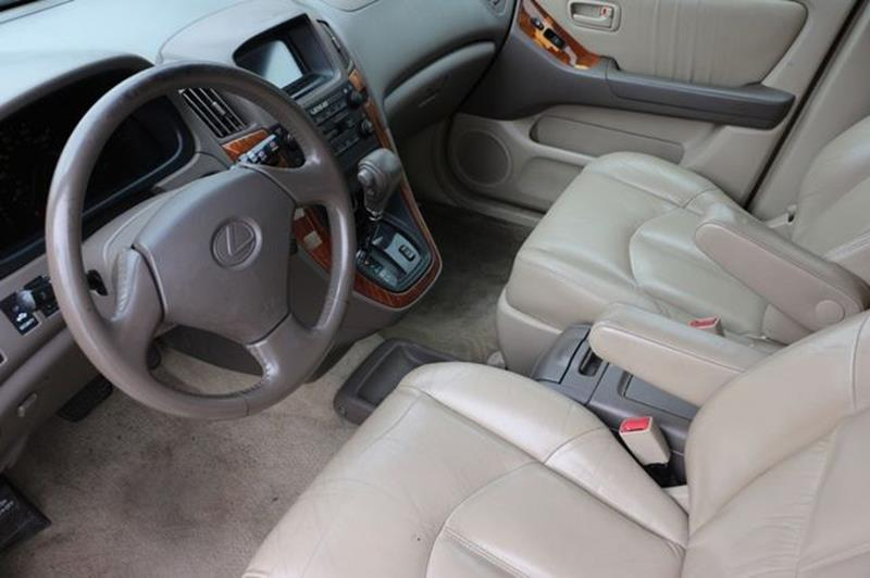 2000 Lexus RX 300 for sale at San Jose Auto Outlet in San Jose CA