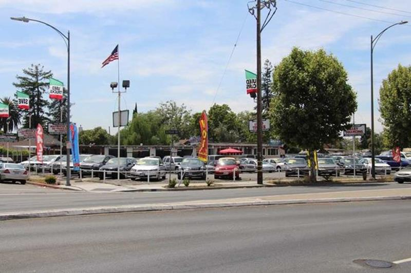 2003 Chevrolet Tahoe for sale at San Jose Auto Outlet in San Jose CA