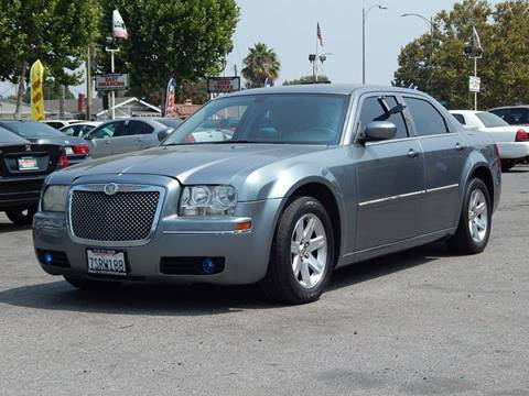 2006 Chrysler 300 for sale at San Jose Auto Outlet in San Jose CA