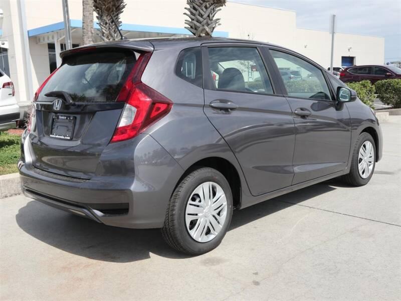 2020 Honda Fit LX (image 4)