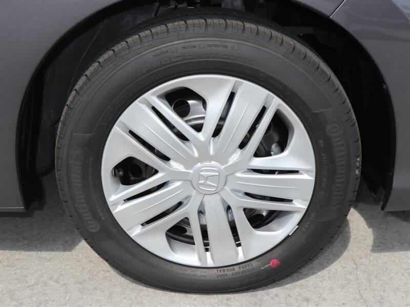 2020 Honda Fit LX (image 5)