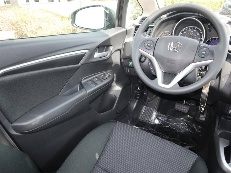 2020 Honda Fit LX (image 7)