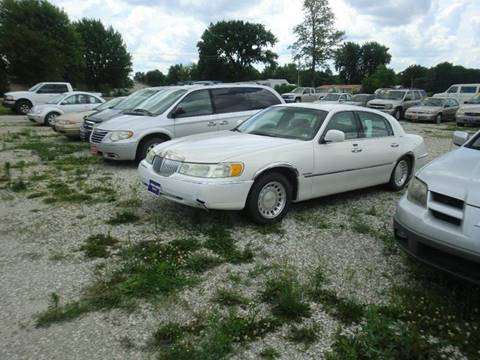 2000 Lincoln Town Car for sale at TJ Automotive in Osceola IA