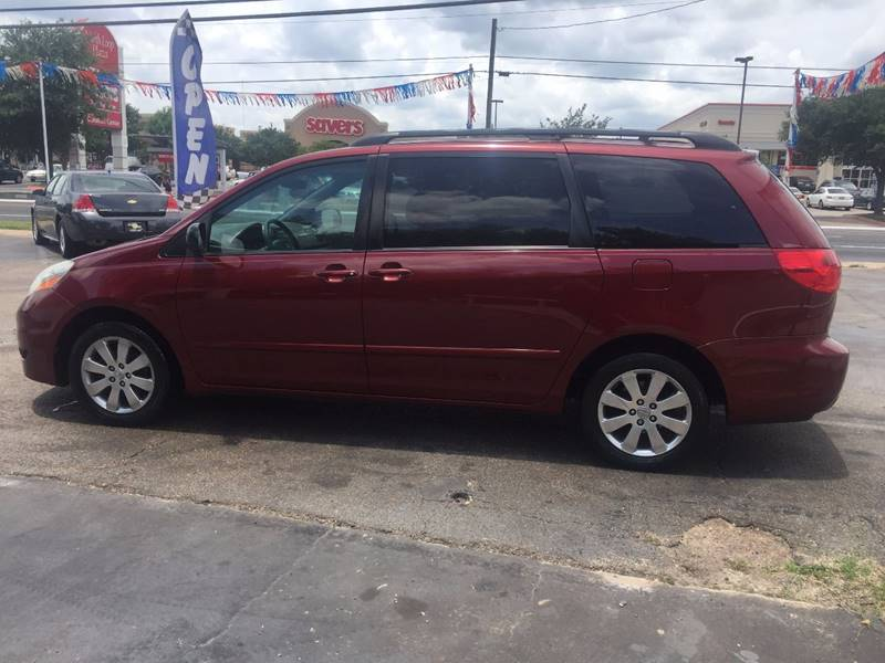 2008 Toyota Sienna for sale at Oasis Cars LLC in Austin TX