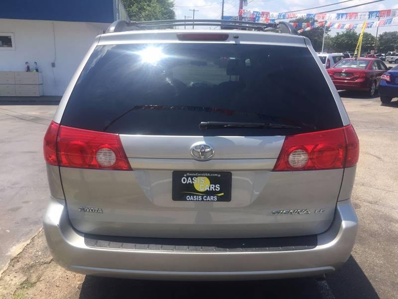 2006 Toyota Sienna for sale at Oasis Cars LLC in Austin TX