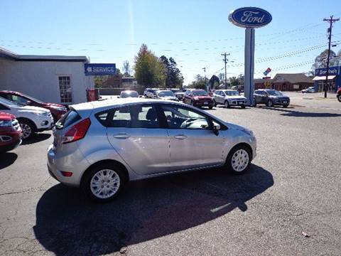 2016 Ford Fiesta for sale in Elkin, NC
