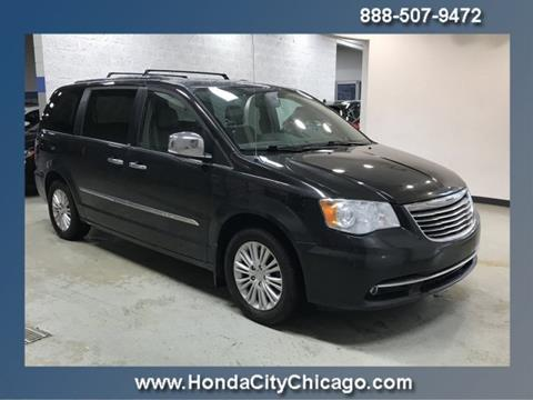 2014 Chrysler Town and Country for sale in Chicago, IL
