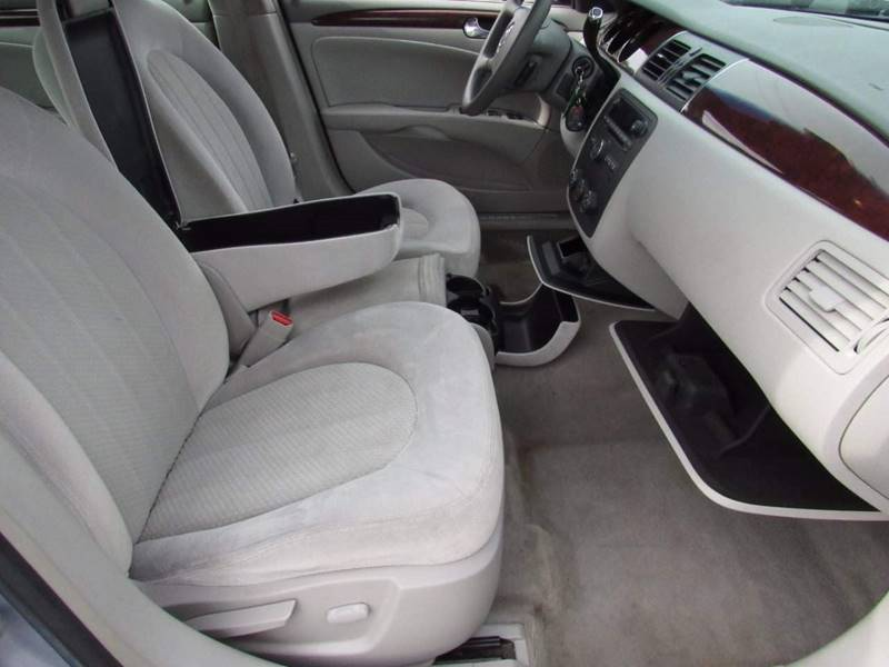 2006 Buick Lucerne for sale at Clar Hagen Auto Group in Rochester NY