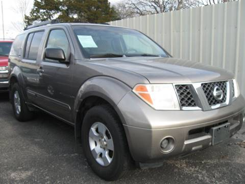 2006 Nissan Pathfinder S for sale at Machs Auto Sales in Dallas TX