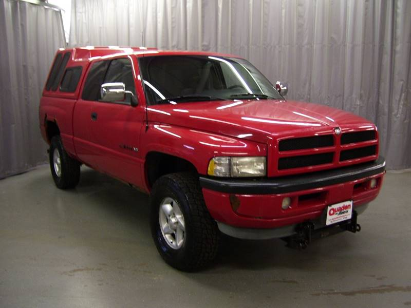1997 Dodge Ram Pickup 1500 2dr Laramie Slt 4wd Extended Cab Sb In