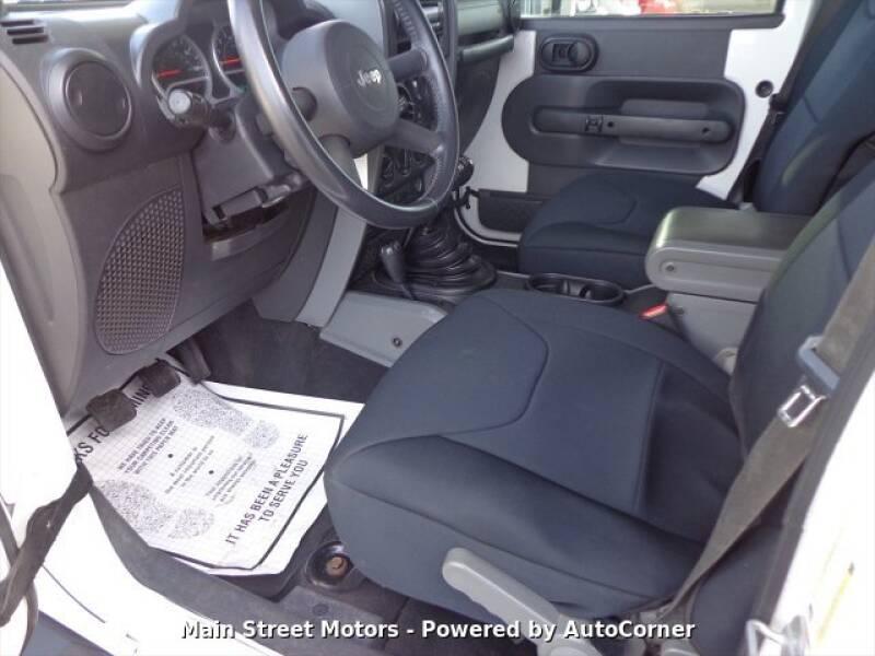 2009 Jeep Wrangler Unlimited Rubicon (image 7)