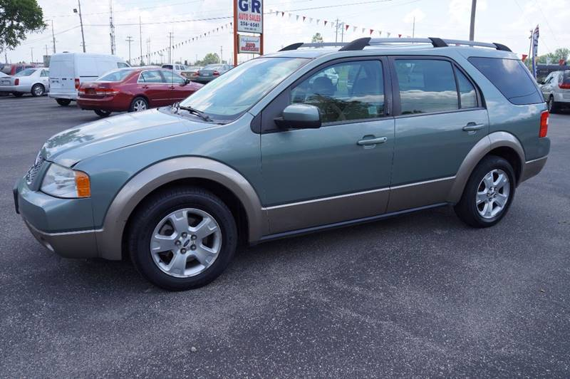 2006 Ford Freestyle for sale at G & R Auto Sales in Charlestown IN