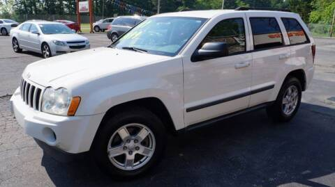 2007 Jeep Grand Cherokee Laredo for sale at G & R Auto Sales in Charlestown IN