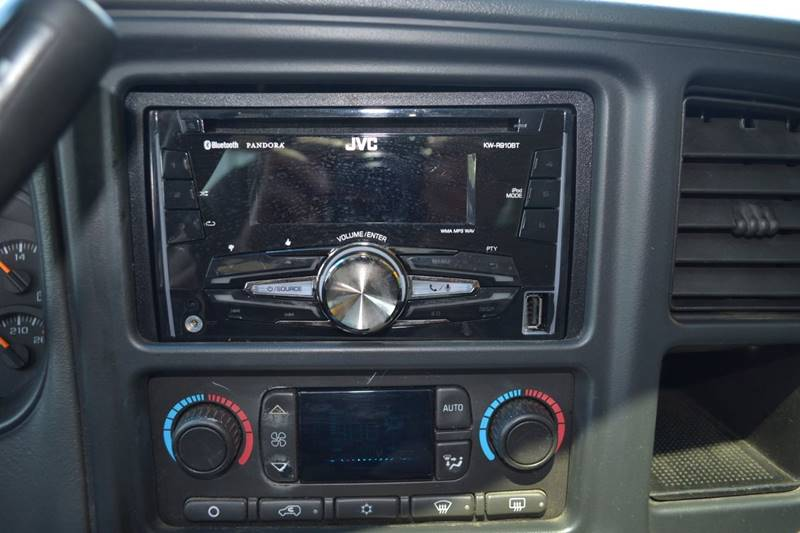 2003 Chevrolet Tahoe for sale at CENTRAL AUTO SALES in Decatur GA