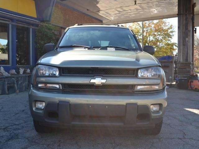 2004 Chevrolet TrailBlazer EXT for sale at CENTRAL AUTO SALES in Decatur GA
