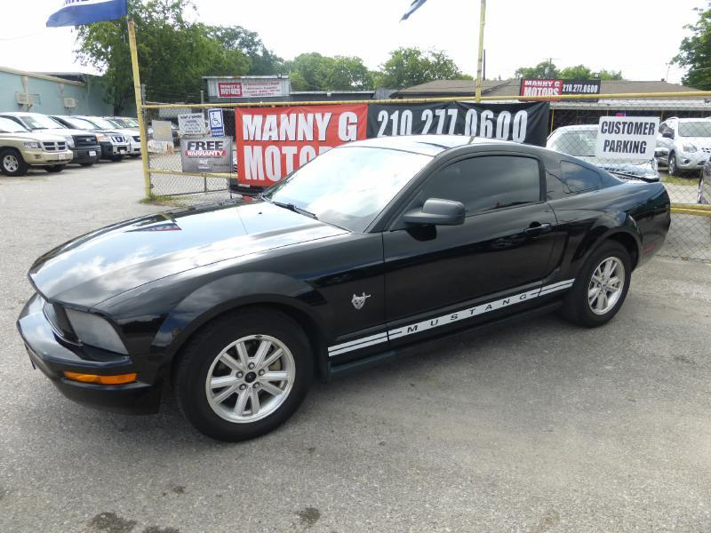 2009 Ford Mustang for sale at Manny G Motors in San Antonio TX