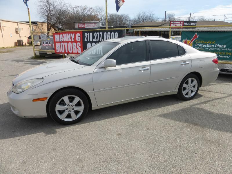 2005 Lexus ES 330 for sale at Manny G Motors in San Antonio TX