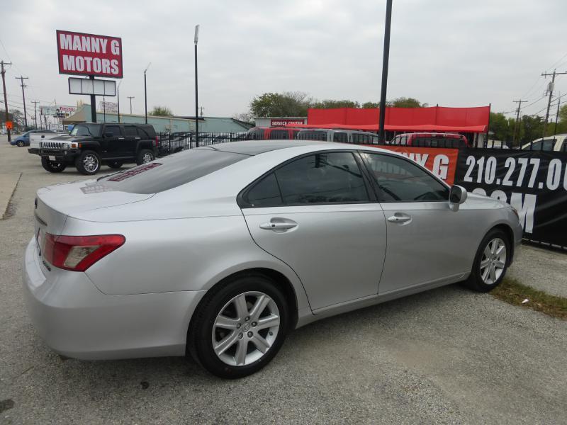 2007 Lexus ES 350 for sale at Manny G Motors in San Antonio TX