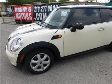 2010 MINI Cooper for sale at Manny G Motors in San Antonio TX