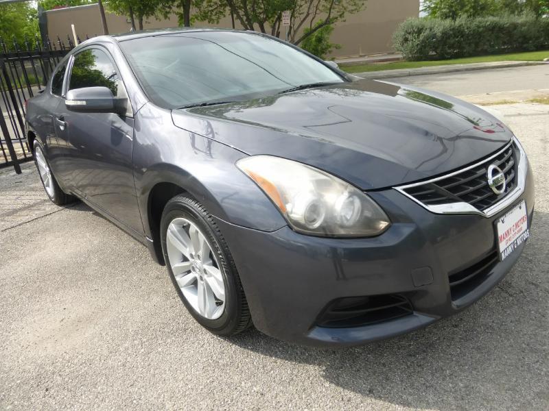 2012 Nissan Altima for sale at Manny G Motors in San Antonio TX