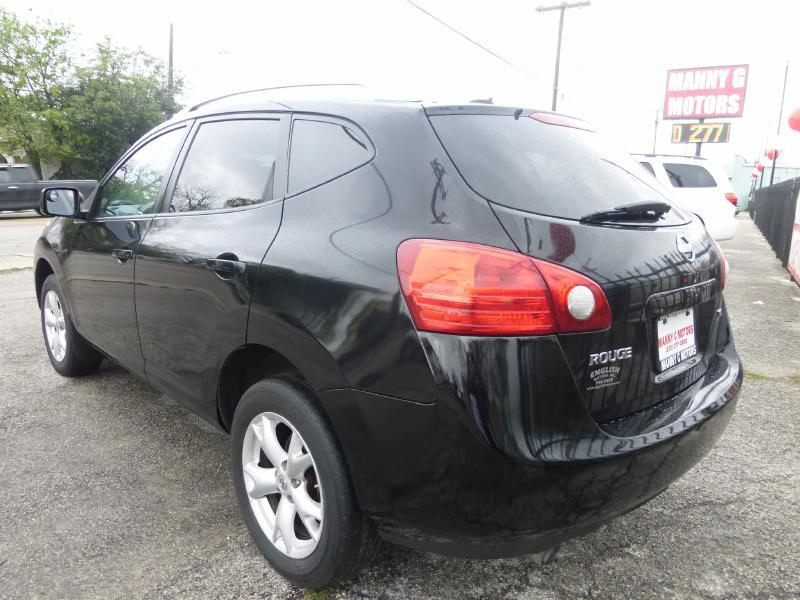 2008 Nissan Rogue for sale at Manny G Motors in San Antonio TX