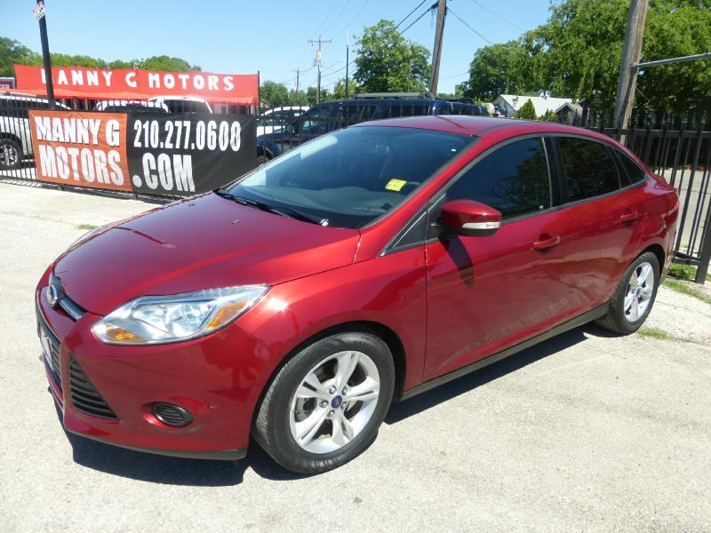 2014 Ford Focus for sale at Manny G Motors in San Antonio TX