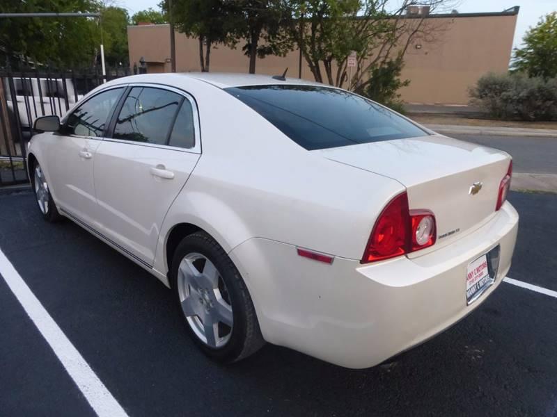 2010 Chevrolet Malibu for sale at Manny G Motors in San Antonio TX