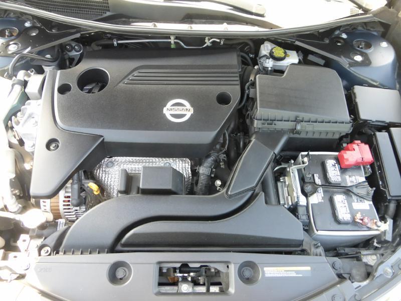 2015 Nissan Altima for sale at Manny G Motors in San Antonio TX